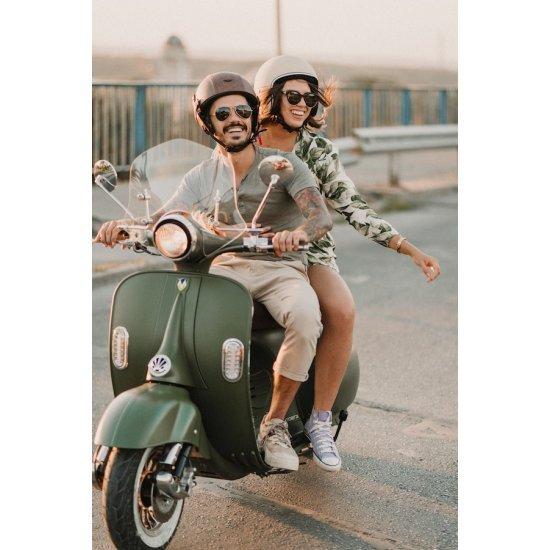 Ретро каска за скутер MOTO D22, Кафяв